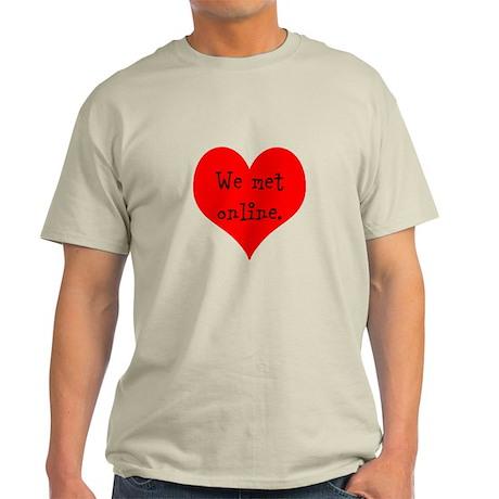 We met Online Light T-Shirt