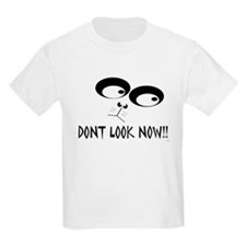 dont look now T-Shirt