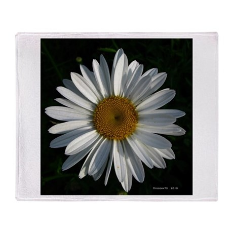 .whole-daisy. Throw Blanket