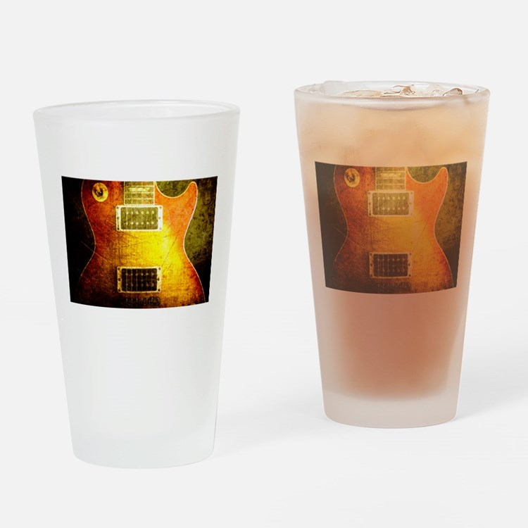 VINTAGE GUITAR Drinking Glass