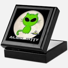 alien kitty Keepsake Box