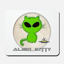 alien kitty Mousepad