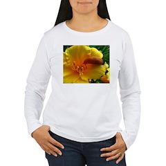 .slug on daylily. T-Shirt