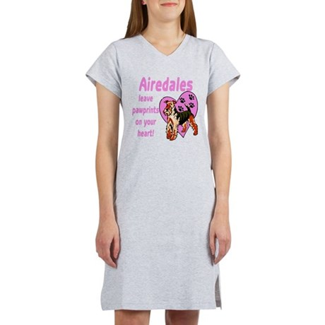 Airedale Pawprints Heart Women's Nightshirt