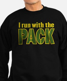 I run with the Pack Sweatshirt (dark)