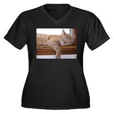 Comfy Munchie Women's Plus Size V-Neck Dark T-Shir