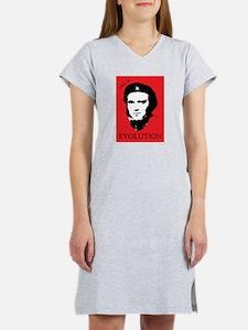 Red Darwin. Viva! Women's Nightshirt