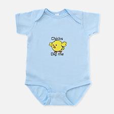 Cute Chicks dig me Infant Bodysuit