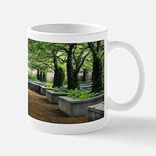 art institute Mugs