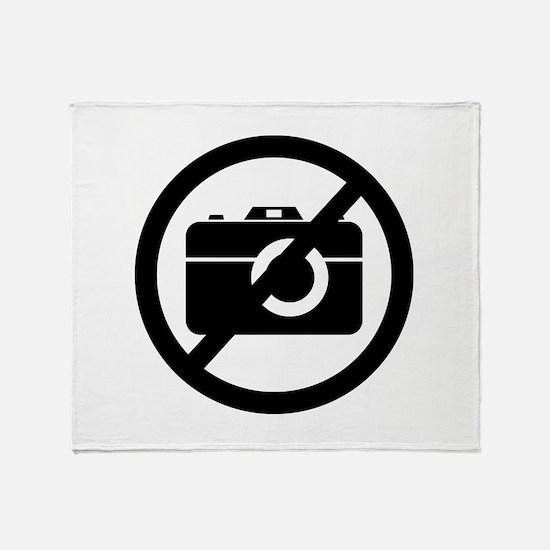 No Photos Please ! Throw Blanket