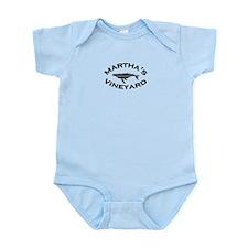 Martha's Vineyard MA - Whale Design. Infant Bodysu