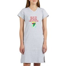corn on the cob Women's Nightshirt