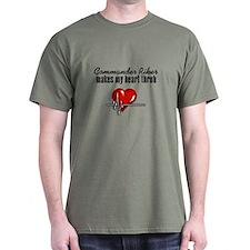 Commander Riker makes my heart throb T-Shirt