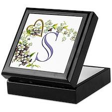 S Keepsake Box