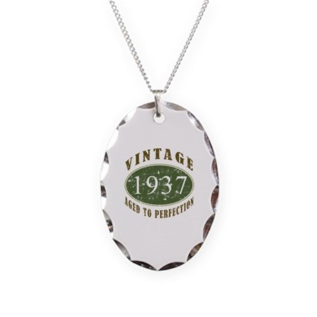Vintage 1937 Retro Necklace Oval Charm