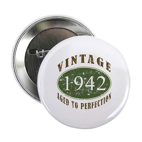 "Vintage 1942 Retro 2.25"" Button"