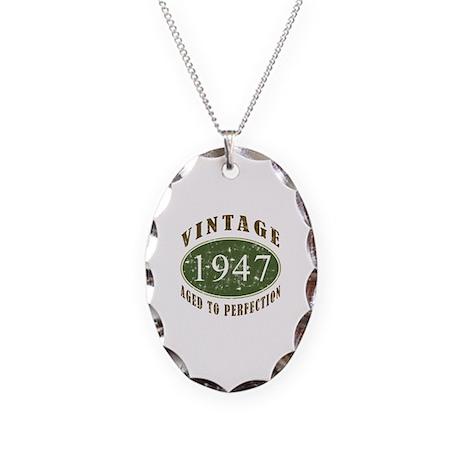 Vintage 1947 Retro Necklace Oval Charm