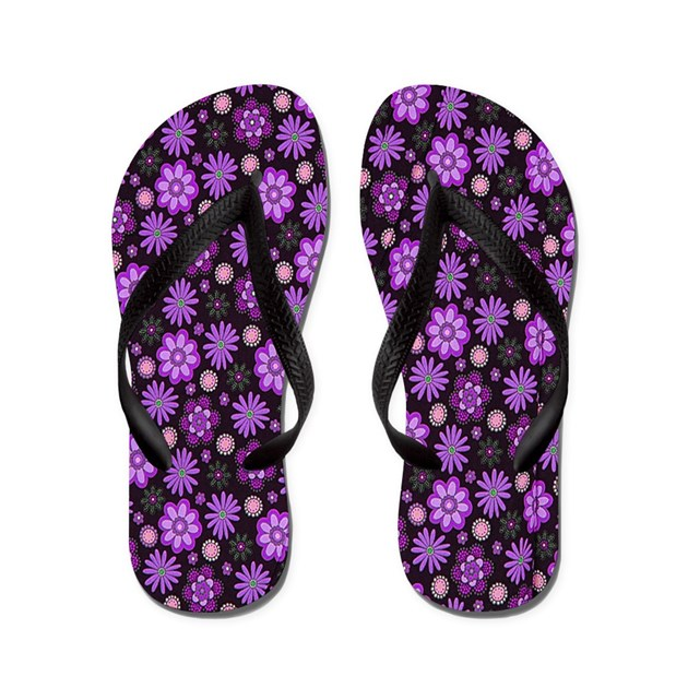 Are you looking for the coolest Flower Flip Flops in the world? Look no further! Find s of designs on our comfortable flip flops available for men, women, & children in all sizes and colors.
