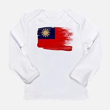 Taiwan Flag Long Sleeve Infant T-Shirt