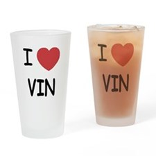 I heart vin Drinking Glass