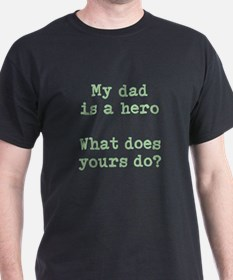 dad hero T-Shirt