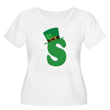 St. Patrick's Day Letter S Women's Plus Size Scoop