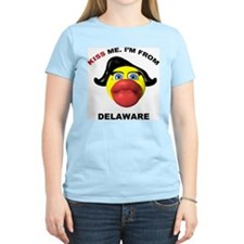 Kiss Me Delaware Women's Pink T-Shirt
