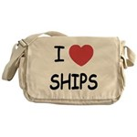 I heart ships Messenger Bag