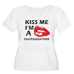 Kiss me I'm a Photographer T-Shirt