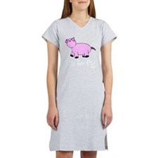 P is for Pig Women's Nightshirt