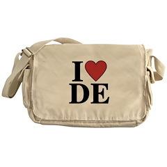 I Love Delaware Messenger Bag