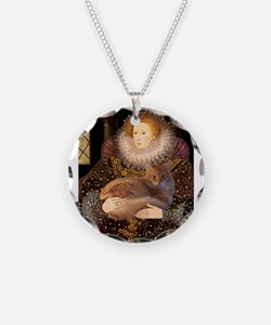 Queen / Red Maine Coon Necklace
