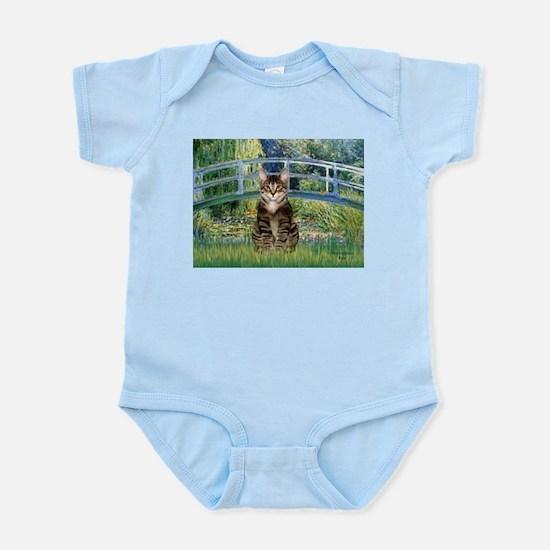 Bridge / Brown tabby cat Infant Bodysuit