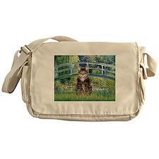 Bridge / Brown tabby cat Messenger Bag