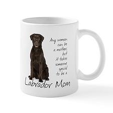 Chocolate Lab Mom Small Small Mug
