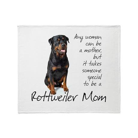 Rottweiler Mom Throw Blanket