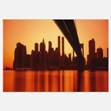 New York, East River and Brooklyn Bridge