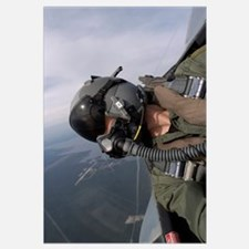 Cockpit view of a pilot flying an F15 Eagle