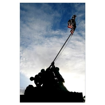 Silhouette of the Iwo Jima statue Poster