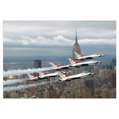 Six F16 Fighting Falcons with the US Air Force Thu Canvas Art