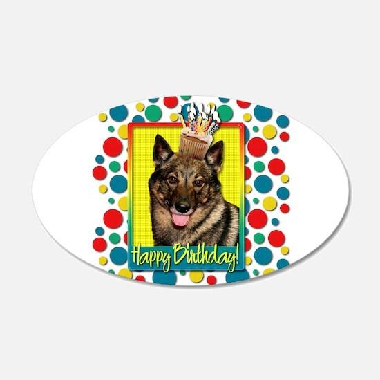Birthday Cupcake - Vallhund 22x14 Oval Wall Peel