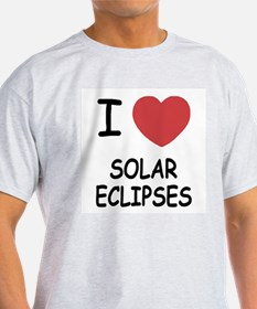 I heart solar eclipses T-Shirt