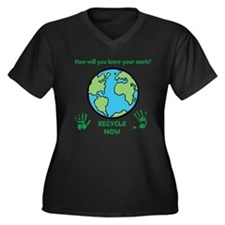 Recycle Now Women's Plus Size V-Neck Dark T-Shirt