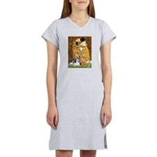 The Kiss/ Petit Basset (#8) Women's Nightshirt