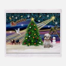 XmasMagic/Shih Tzu (15) Throw Blanket