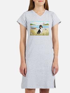 Rowboat / Collie (tri) Women's Nightshirt