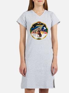XmasSunrise/Doberman Pinscher Women's Nightshirt