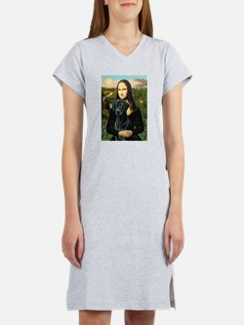 Mona's Black Lab Women's Nightshirt