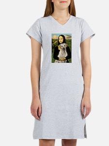 Mona & her Yellow Lab Women's Nightshirt