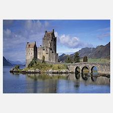 Castle on an island Eilean Donan Loch Duich Dornie